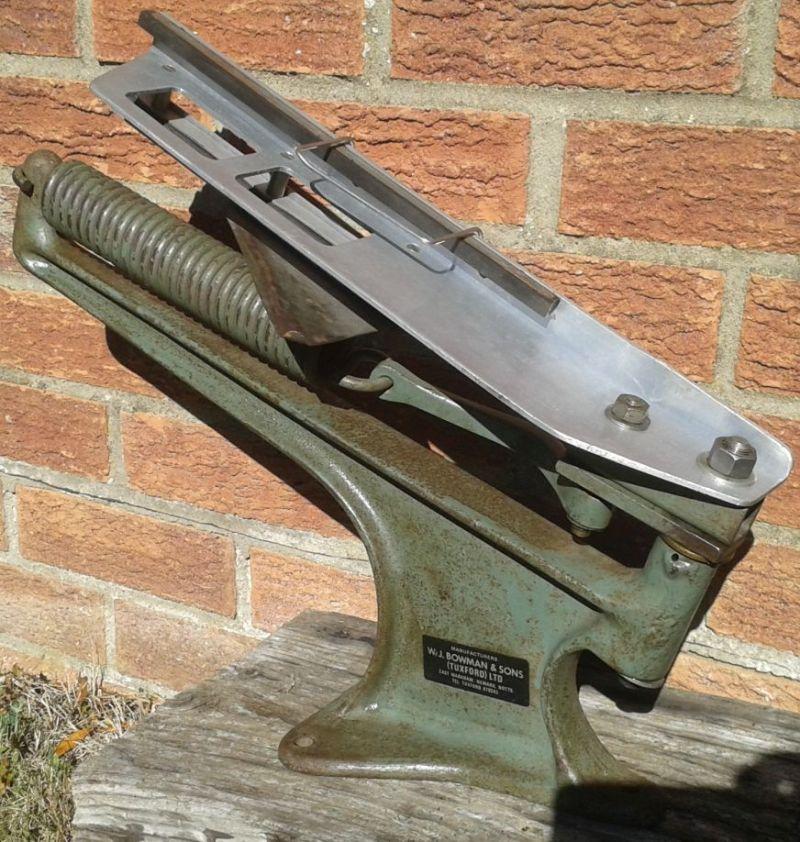 Bowman Markham 'Standard' Double Clay Pigeon Trap (SR251)